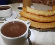 estudiantes de CILE comen churros en malaga