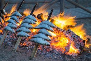 Les sardines de Malaga : Los espetos