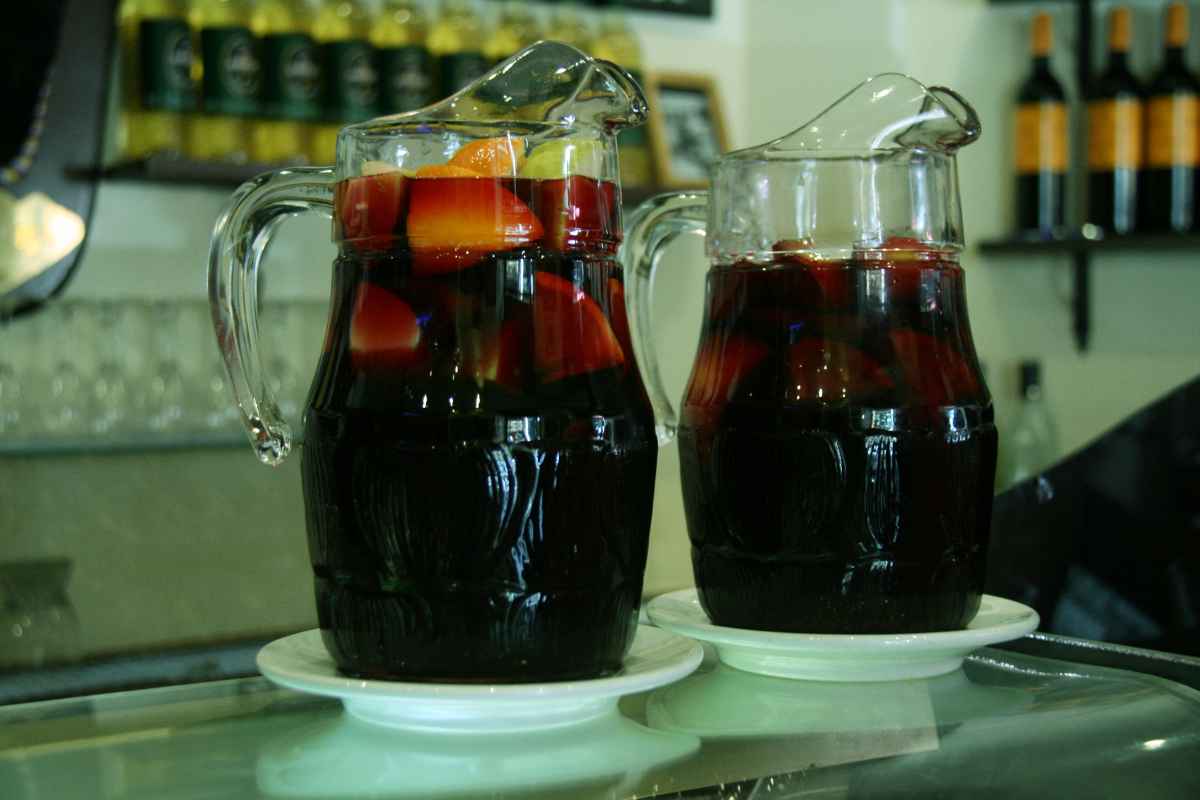 jars sangria - study Spanish at Academia CILE in Malaga