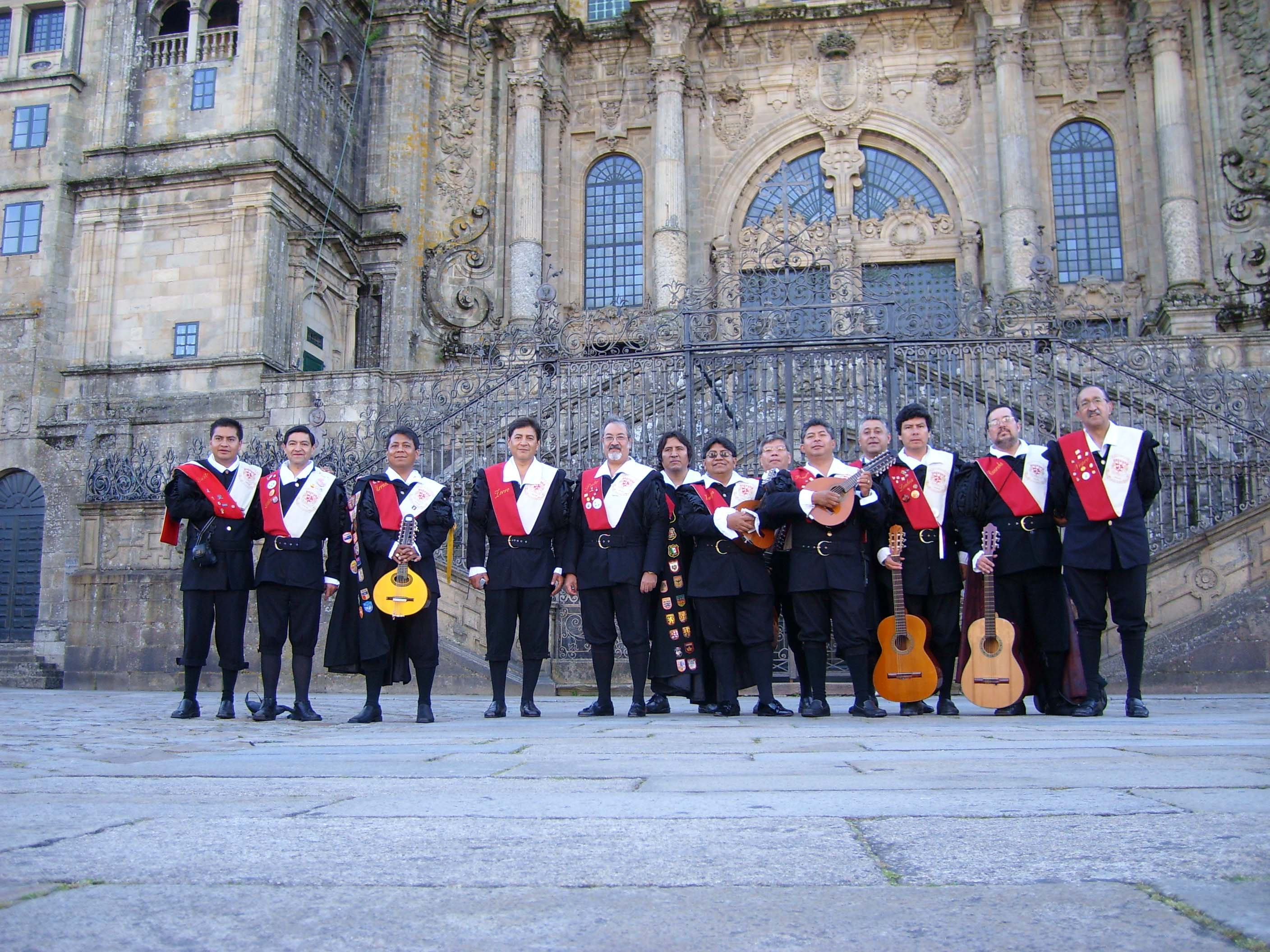 Traditional music in Spain: Tuna - study Spanish at Academia CILE