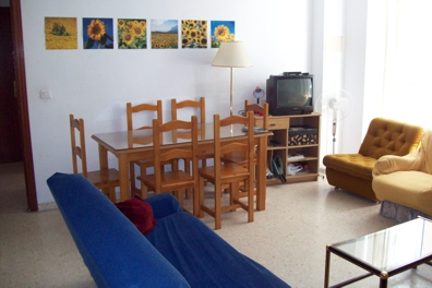 learn spanish in your freetime in your accommodation in Malaga, choose between lodging in a spanish family, shared apartment or own apartment which are all close to school