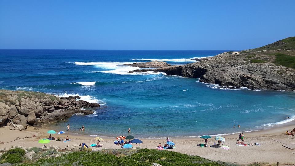 популярные пляжи Малаги