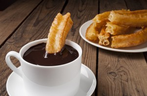 churros-con-chocolate - Dinge tun in Malaga - Spanischkurse bei CILE