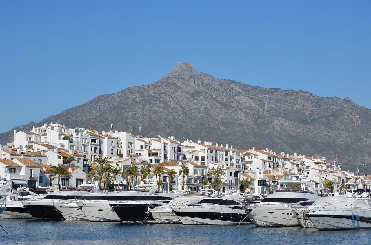 порты Испании